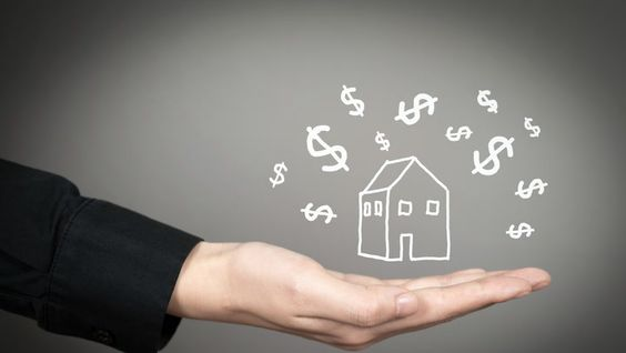 HOW MUCH TO OFFER ON A HOUSE: SHOULD YOU GO BELOW OR ABOVE ASKING PRICE?